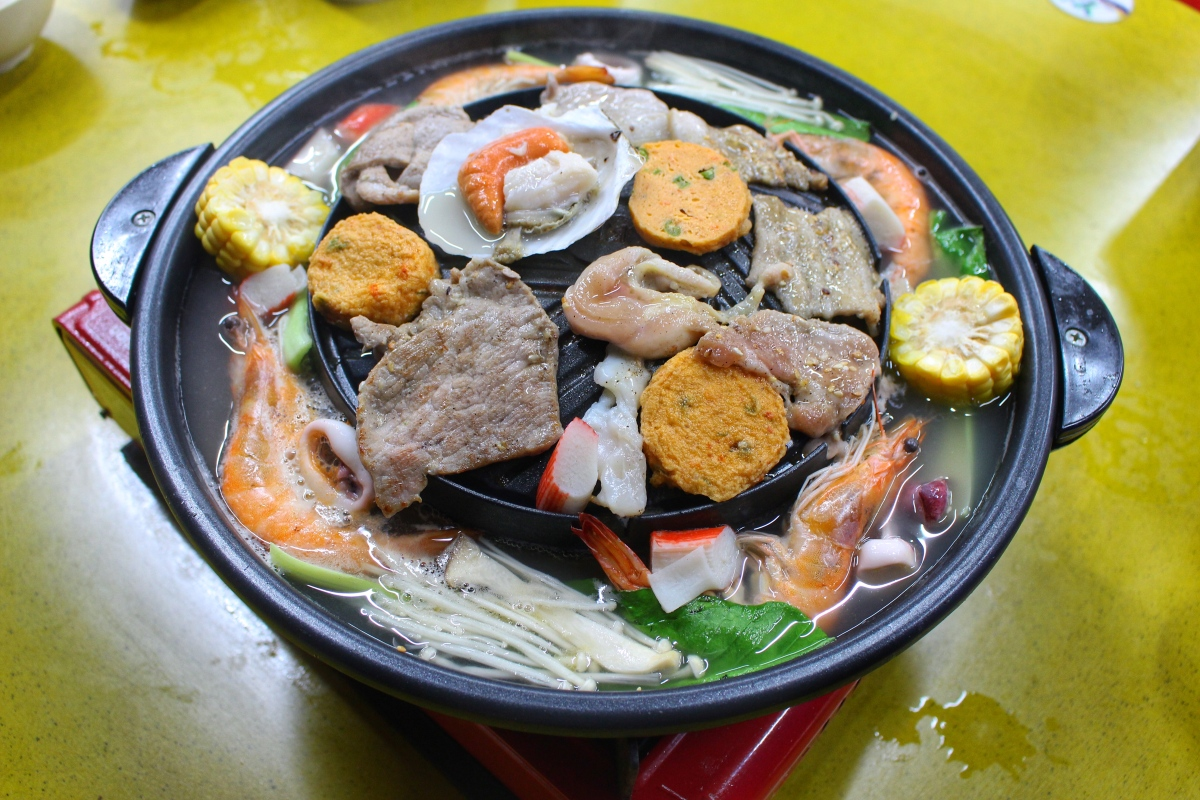 2211 Mookata: Affable Bossess, Affordable and Authentic Thai Grill @ Jurong West